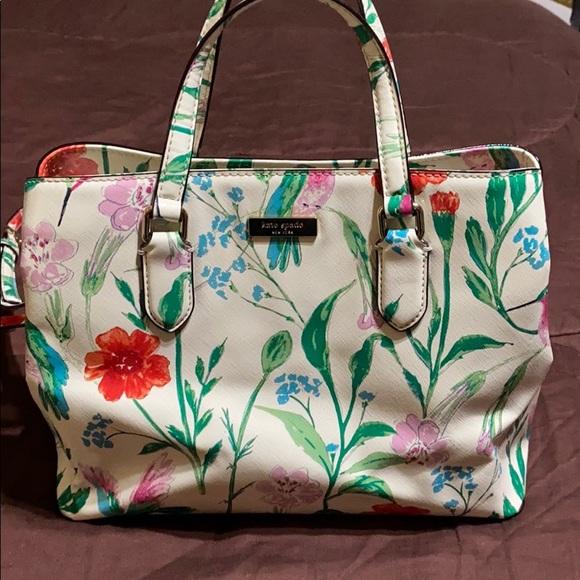 kate spade Handbags - Kate Spade Brand.  EUC!
